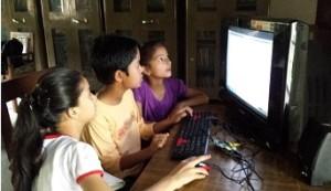 Učenci šole Chamoli so se učili po svoje in TV uporabljali kot monitor
